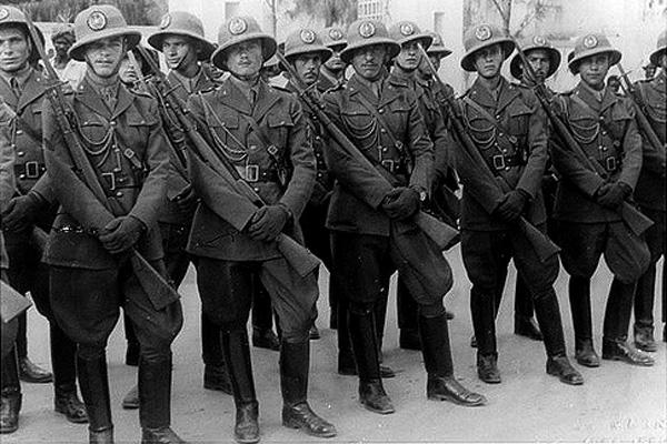 Squadra della Polizia Africa Italiana